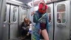No Pants Day : elles prennent le métro new-yorkais sans pantalon